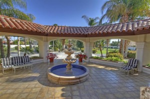 Spectacular Equestrian Ranch